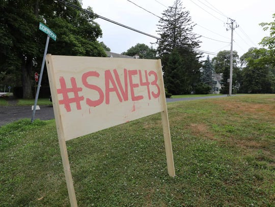 A #Save43 sign along Coprock Road in Pocantico Hills,