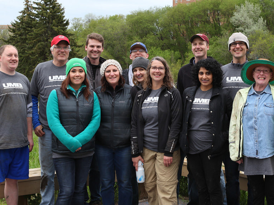 UMB Fund Services team get involved in River Revitalization