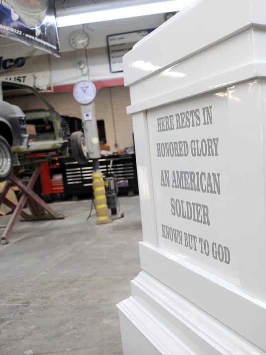 635826771230870946-Elite-Autoworks-restores-monument-2