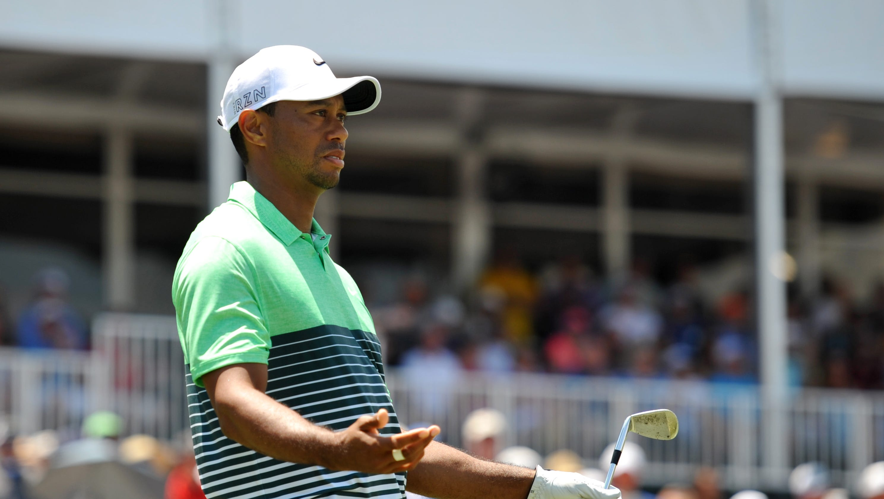 tiger woods has mixed results in players championship at