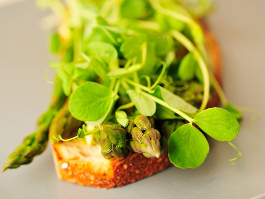 The asparagus tartine (open-faced sandwich on baguette)