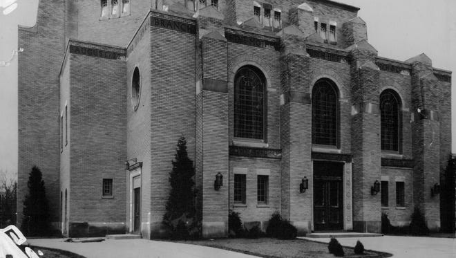Emmanuel Temple Church on Seneca Parkway was previously the Second Church of Christ, Scientist (1985 photo)