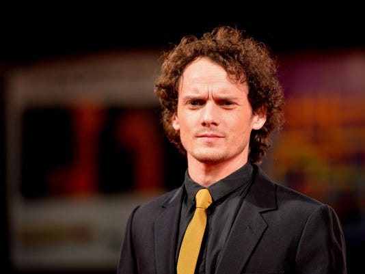 Anton Yelchin dies in car accident