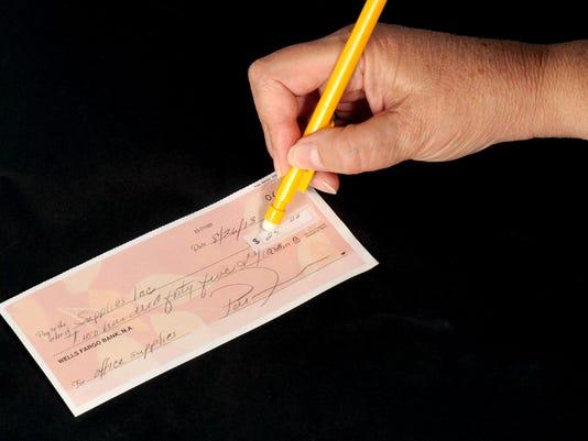 -FTC0901-gg mantooth scam DLM 01.jpg_20130826.jpg