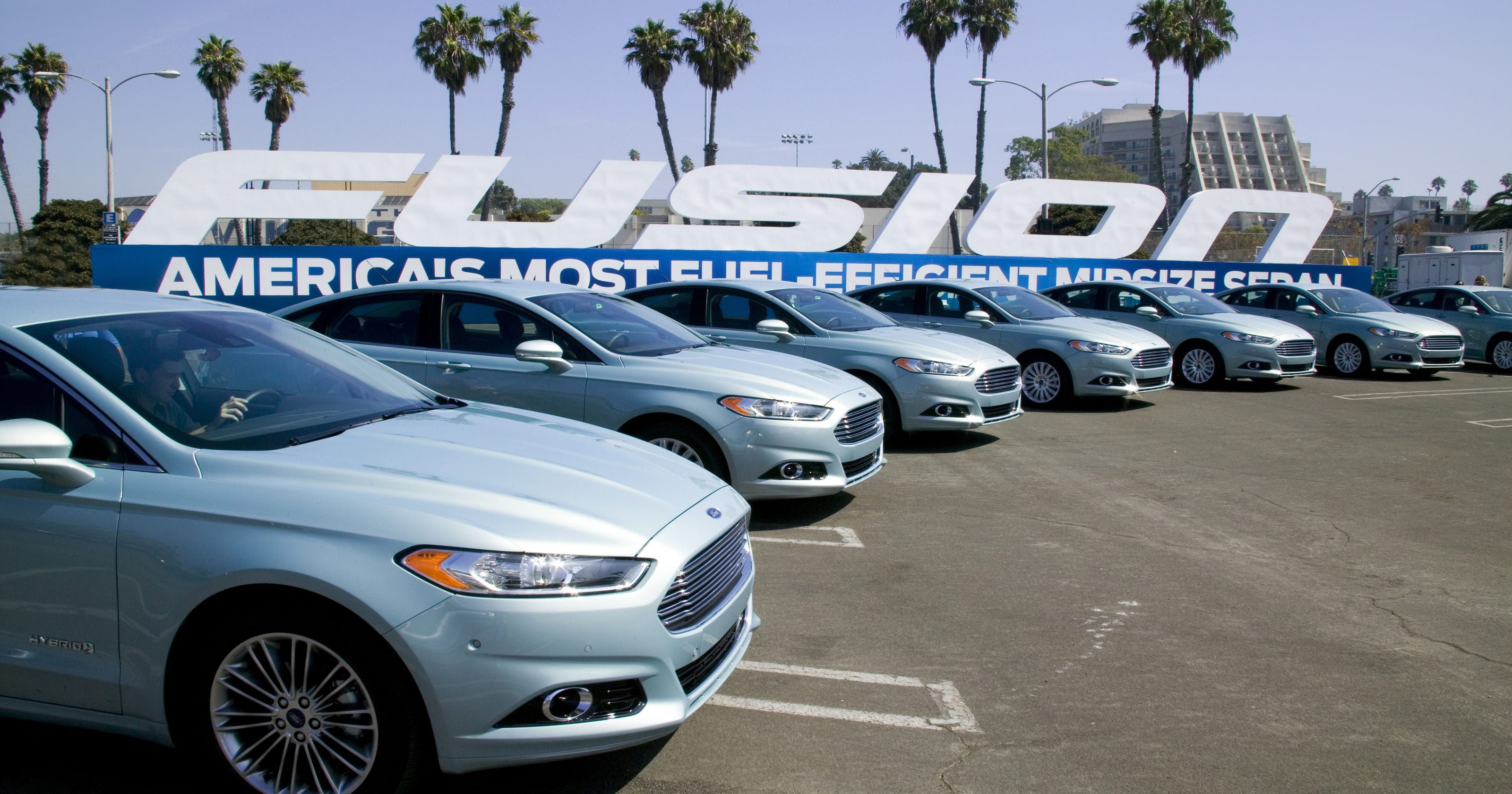 Ford Fusion Door Handle Recall >> Ford Recalls 389 585 Cars For Doors That Fly Open
