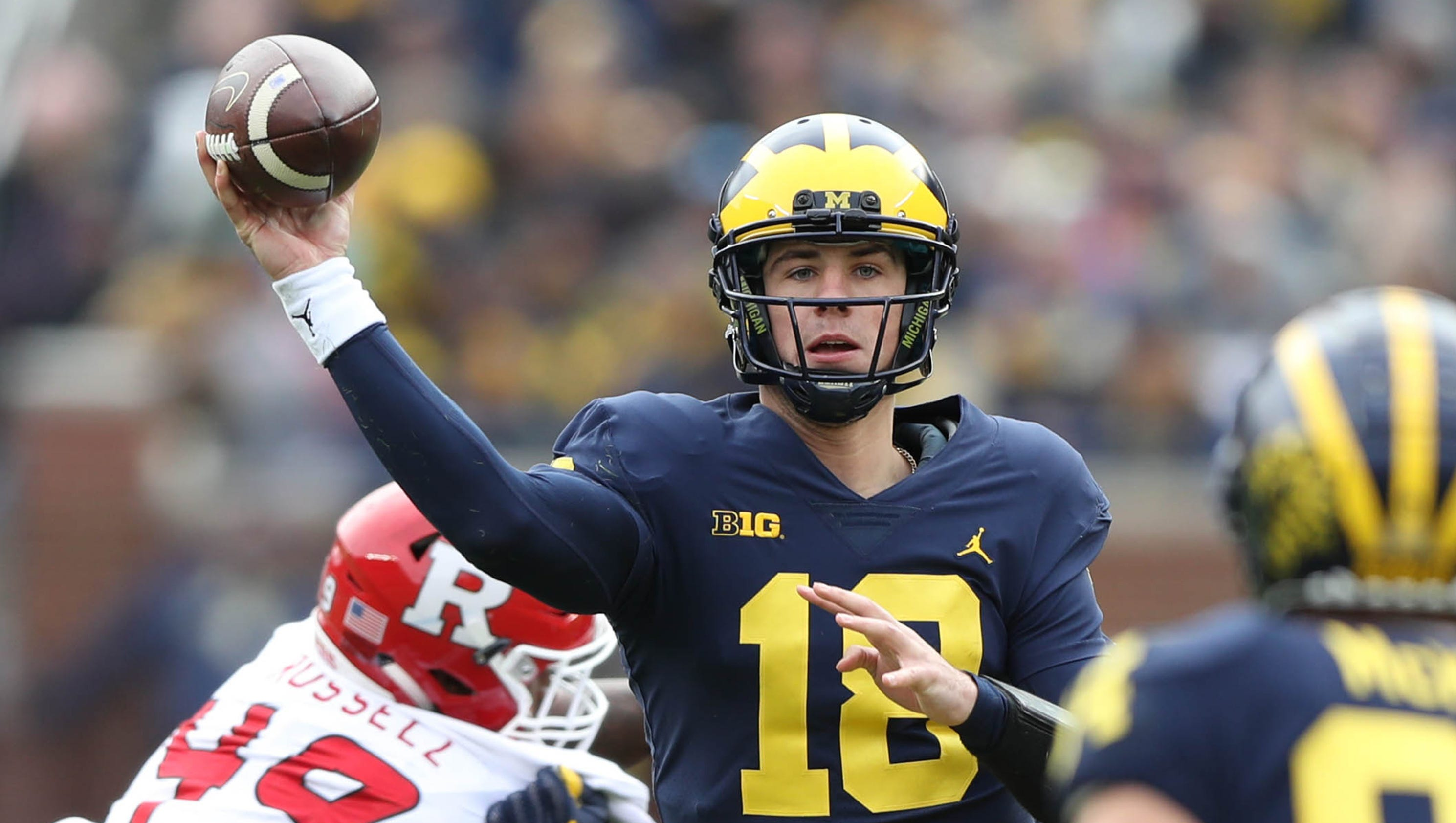 Michigan football's Brandon Peters, Dylan McCaffrey enter ...