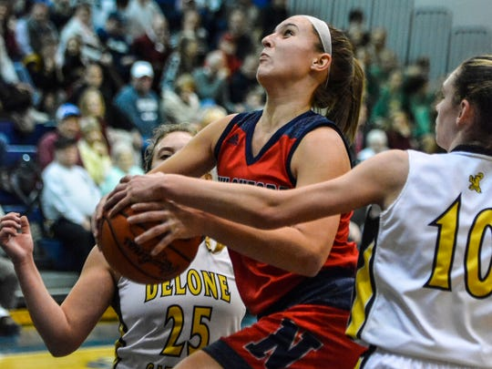 New Oxford's Kaelyn Long scored 20 points in the Colonials