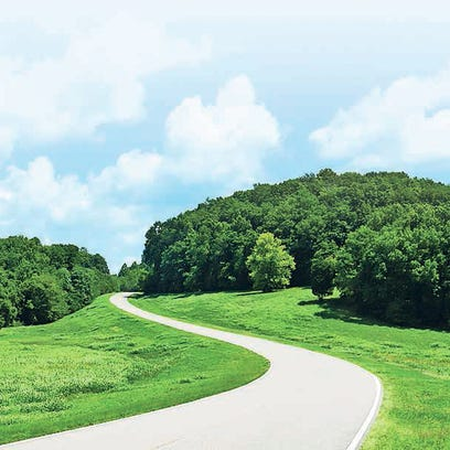 the Natchez Trace Parkway stretches 444 miles from