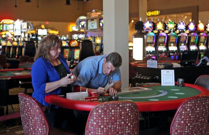 Poker palm springs casino black gold casino hobbs nm