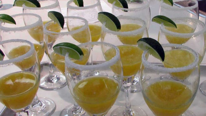 Mango Bellinis