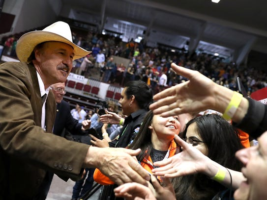 Democratic U.S. Congressional candidate Rob Quist greets