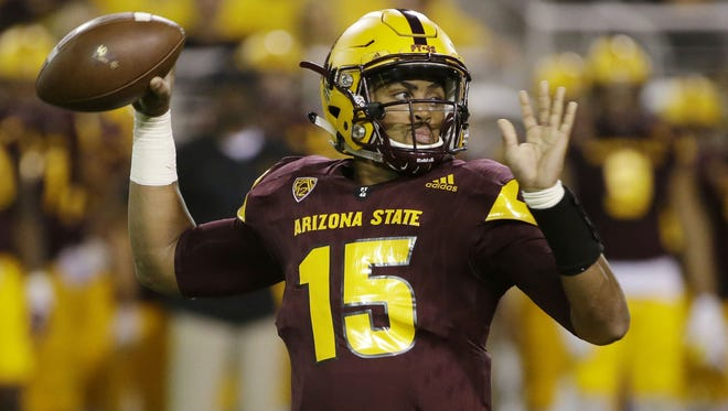 Arizona State quarterback Dillon Sterling-Cole (15) throws a pass against Washington State  in the first quarter during PAC-12 action on Saturday, Oct. 22, 2016 in Tempe.