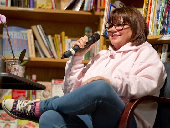 Stars with Arizona ties: Linda Ronstadt