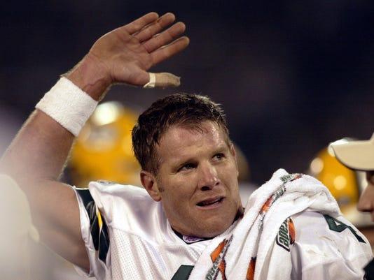 Brett Favre - Green Bay Packers whomp Oakland Raiders