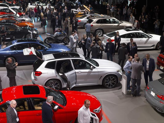 Amid Tech Shakeup New York Show Is All About Cars - New york auto show