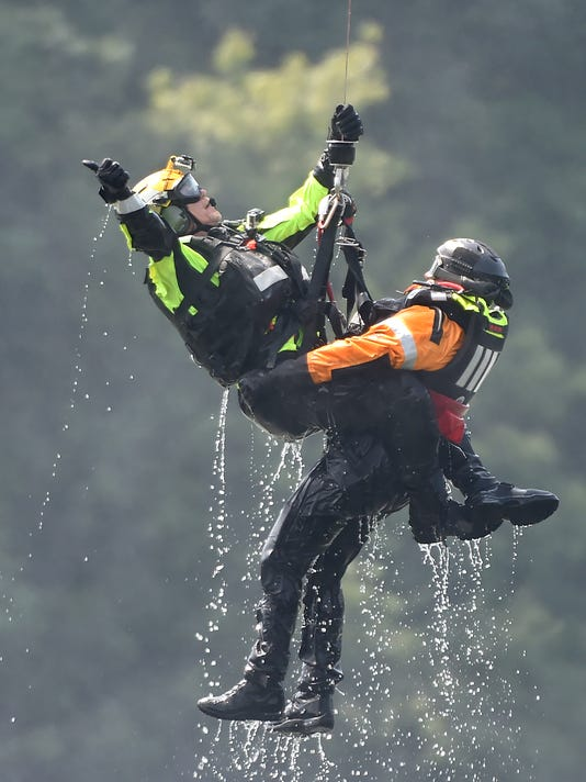 1-YDR-JP-082016-helicopter-water-rescue