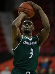 UWGB senior Khalil Small went 11-for-12 from the free-throw