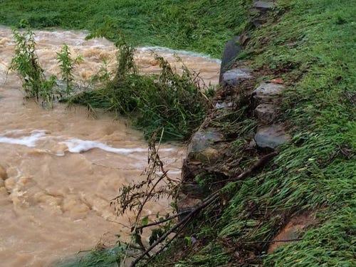 Heavy Rain Causes Flooding At Randolph Co. Mobile Home Park ... on rain san francisco, rain south carolina, rain los angeles,