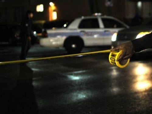 police-3-hurt-in-2-shootings-on-detroit-s-east-side