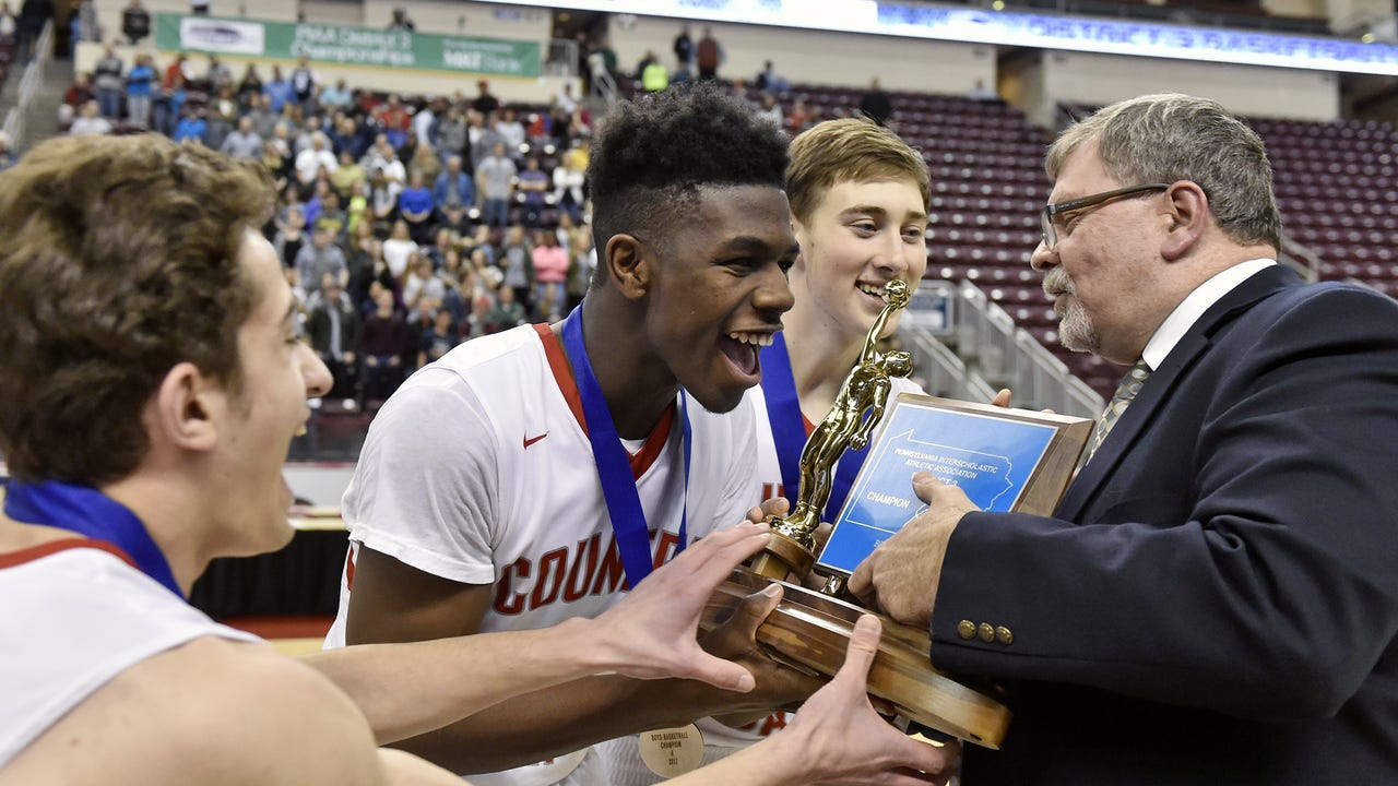 Watch: Jordan Ray hosts Dist. 3 champion Snapchat Takeover
