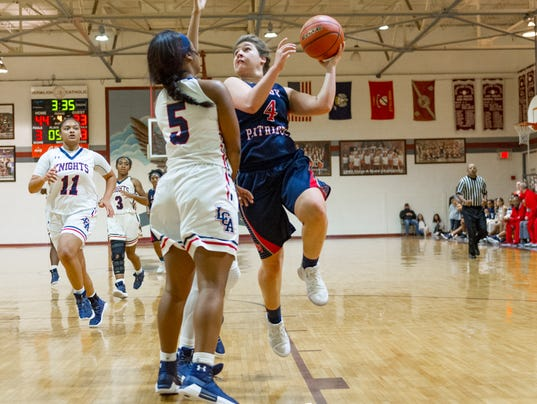 636501708365714367-LCA.n.Vermillion.girls.basketball.yultide.12.29-2369.jpg