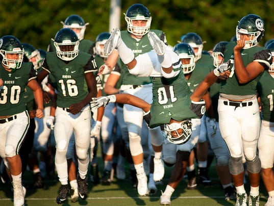 Trinity football checks in at No. 25 in USA TODAY's ...
