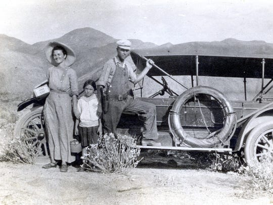 From left, Zaddie, Frances and Ed Bunker, circa 1914.