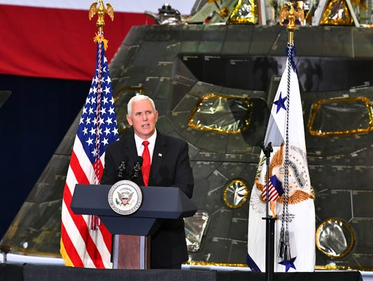 Pence in VAB
