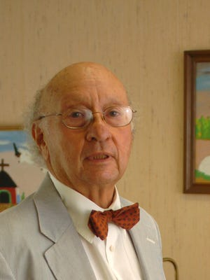 Realtor Robert Wolf  has died at the age of 85.