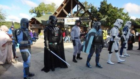 Don't miss these photo ops with Disney princesses and Star Wars characters during Kids Fair at Dickerson Park Zoo.