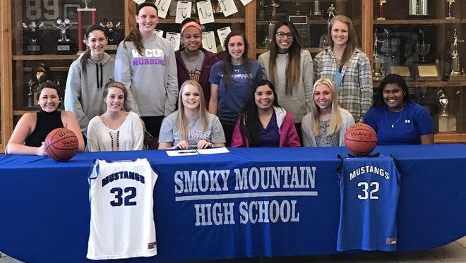 Smoky Mountain senior Reanna Lehman has signed to play college basketball for Columbia (S.C.).