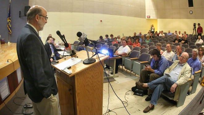 ACLU of Kansas legal director Doug Bonney speaks Wednesday  during a hearing on Kansas Secretary of State Kris Kobachís proposed change to voter registration rules.