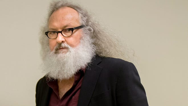 """Actor Randy Quaid arrives at his Immigration and Refugee Board hearing in Montreal, Thursday, Oct. 8, 2015. Quaid said in an interview that he could be deported from Canada next week and that he would like to resolve his legal issues in California and """"move on with my life."""" The actor and his Canadian wife fled the U.S. in 2010, saying they were victims of persecution."""