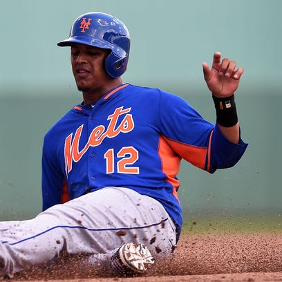 Juan Lagares and the Mets are working to complete a new contract.