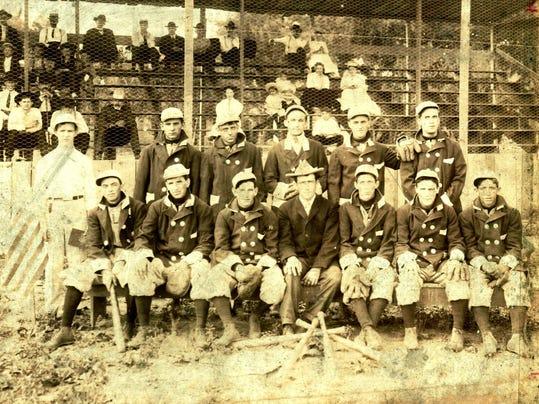 1906NRbigteam.jpg