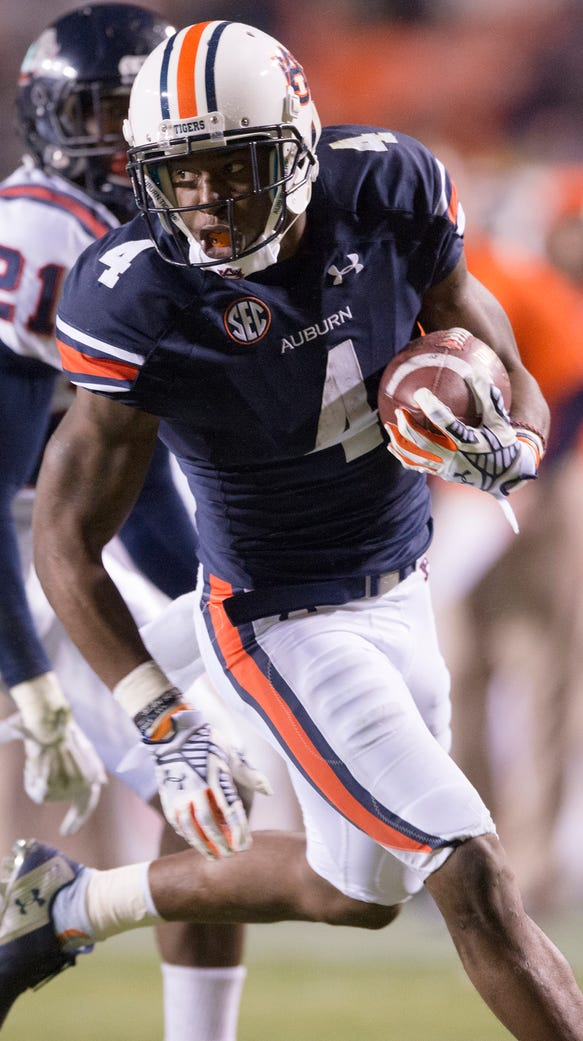 Auburn wide receiver Quan Bray had three carries for