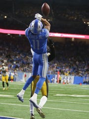 Lions wide receiver Marvin Jones Jr. misses a touchdown pass during the fourth quarter of the Lions' 20-15 loss on Sunday, Oct. 29, 2017, at Ford Field.
