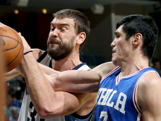 Memphis Grizzlies center Marc Gasol is fouled by Philadelphia