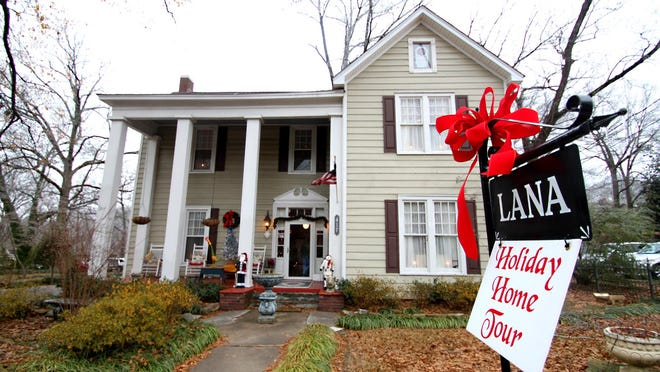 Connie Bowlan spent weeks decorating her home on North Highland for the 2013 LANA Home Tour.