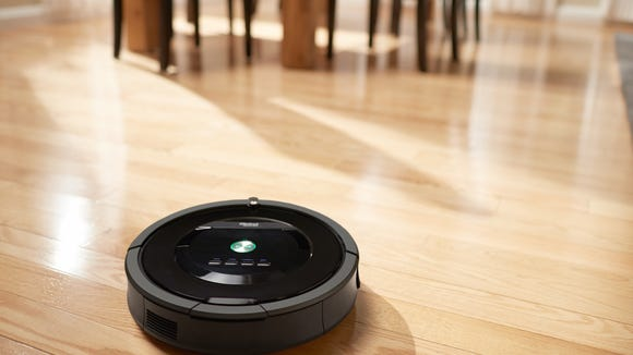Kevin's robotic vacuum will trip up the thieves.