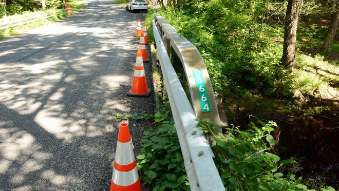 The Taft Pond Road bridge in Pomfret has its load limit lowered to 3 tons.