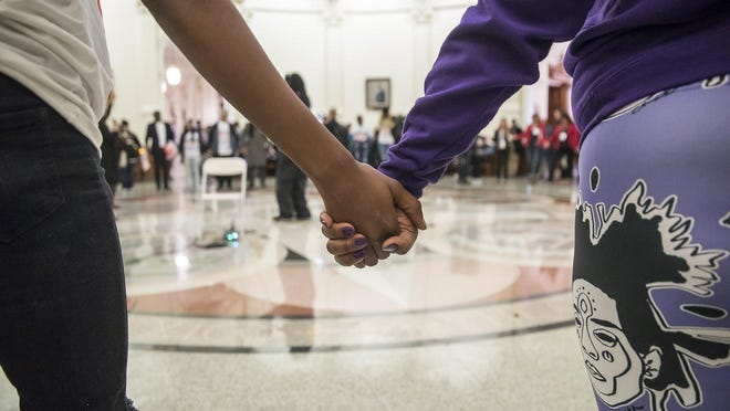 """Crime survivors from across the state gathered in 2019 at the Capitol to advocate for a """"safety agenda"""" meeting the needs of crime victims. [RICARDO B. BRAZZIELL/AMERICAN-STATESMAN/FILE]]"""