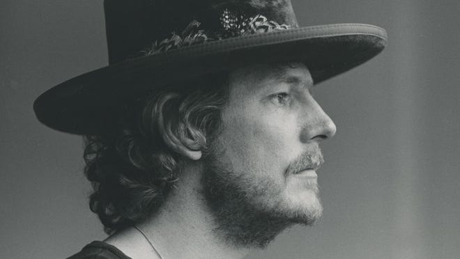 """Gordon Lightfoot appears in this 1974 photo by Carl Samrock. The new documentary, """"Gordon Lightfoot: If You Could Read My Mind,"""" is now available for streaming rental via athenscine.com."""