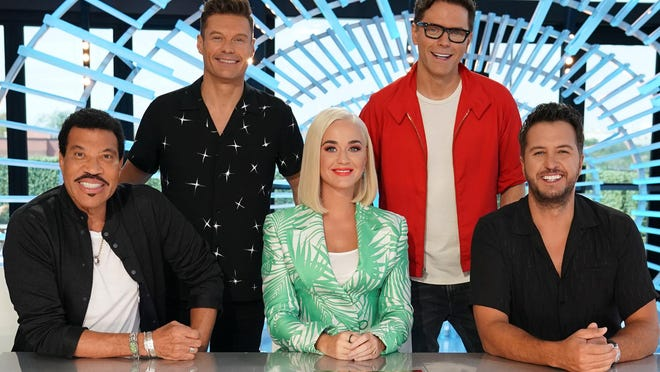 """(L-R) """"American Idol"""" judges Lionel Richie, Ryan Seacrest, Katy Perry, Bobby Bones, and Luke Bryan appear in this 2019 promotional photo. Georgia auditions for the show's upcoming season will be held via Zoom on Sunday."""