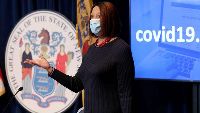New Jersey Lt. Gov. Sheila Oliver arrives for Gov. Phil Murphy's May 29 press conference at the War Memorial in Trenton, N.J., on the state's response to the coronavirus.