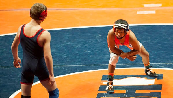 Illinois prep sophomore Jason Renteria committed Thursday to Iowa.