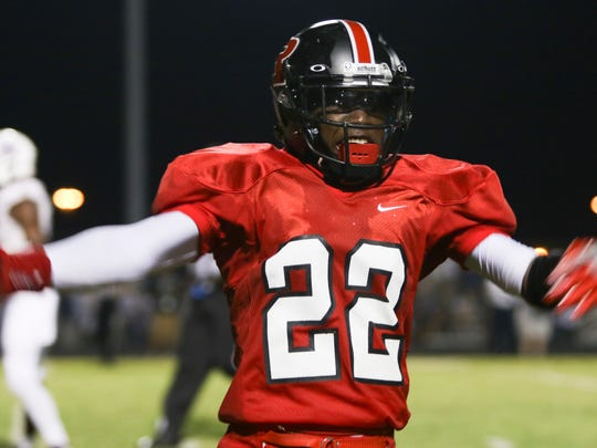 Rossview played Clarksville at Rossview on Friday night. Rossview won the game 42-7 to reclaim the Warfield Shield.