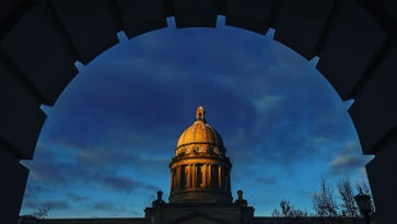 Kentucky pension reform: Switching workers to 401(k)-like plans won't be in revised bill