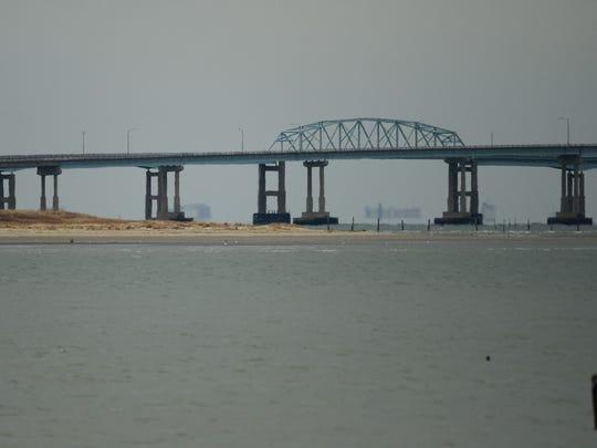 Chesapeake Bay Bridge-Tunnel open after wind restrictions