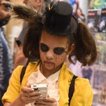 Photos of locals hanging out at Wizard World Comic Con Reno on Sunday Nov. 22, 2015.